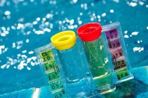 Como assegurar o pH da água da sua piscina