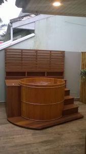 Ofurô Spa Redondo Reto com Bancos 140 cm